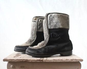 Vintage 70's Damaged Black Fur Mukluks Boots Sz 7