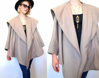 Vintage 80s 90s minimalist modern camel wool womens layered draped coat poncho jacket size medium M