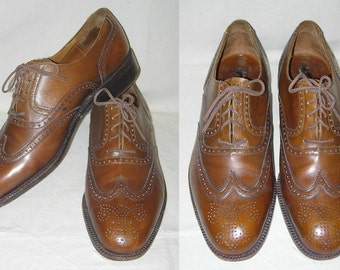 Vintage Pierre Balmain Paris Full Brogue Short Wing Wingtip Brown Leather Shoes Mens size 8 1/2 B France
