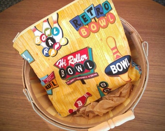 Large Sandwich Bag, snack bag, bowling alley theme cotton fabric, reusable