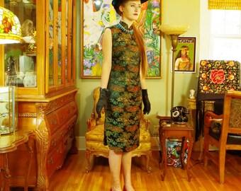 Exotic 1950s Cheongsam Sheath . Vintage Black Asian Quality Brocade Dress . Oriental Chinoiserie Shift . Chic . Frank Brush Designer label .