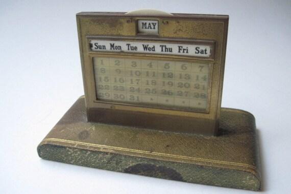Perpetual Calendar Vintage : Vintage perpetual desk calendar