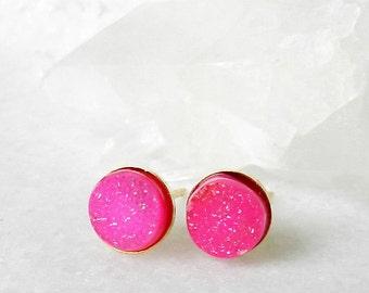 SALE Druzy earrings - Hot pink - Stud earrings - Gold earrings - Post earrings - Drusy agate - Pink Druzy