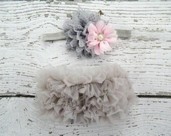 Newborn GREY Ruffle Bloomers and Headband Set / Chiffon Ruffle Baby Bloomer / Ruffle Diaper Cover / Newborn Photo Prop / Newborn Headband