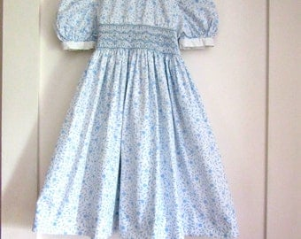 60s Girls Smocked Dress - Cotton Floral Fabric - Smocked - Puff Sleeves - Blue and White - 3T - Tie Back Sash
