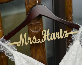 Personalized Rustic Wedding Dress Hanger, New-tech Bride Bridesmaid Wood Name Hanger, Custom Wedding Bridal Hanger, Bridal Shower Gift CM003