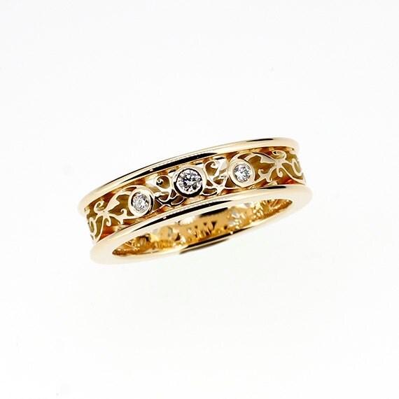Diamond filigree ring made from yellow gold, filigree wedding band, unique, diamond ring, anniversary, filigree wedding band, lace ring