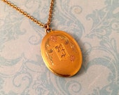 Vintage Locket, Oval Locket with Initial B, Vintage Chain, Old Photo, Wedding Locket, Gift for Her