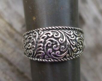 Vintage 925 Sterling Silver Vine Ring