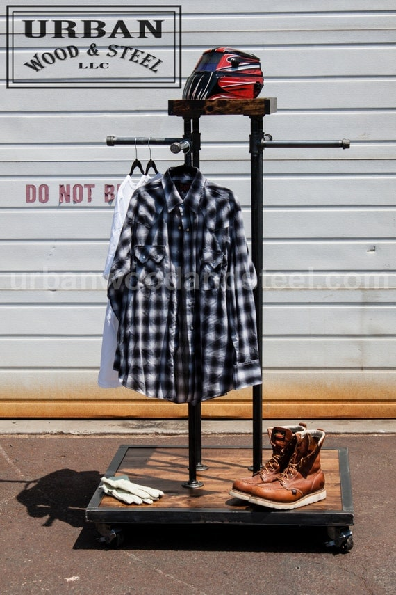 Face Out Clothing Rack Retail Display