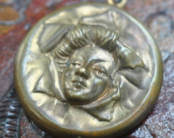 Art Nouveau Face of a Lady Round Pendant