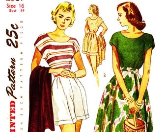 Simplicity 2567 Vintage 1940s Top, Skirt and Shorts Spring, Summer or Beach Wear Sewing Pattern Size 16