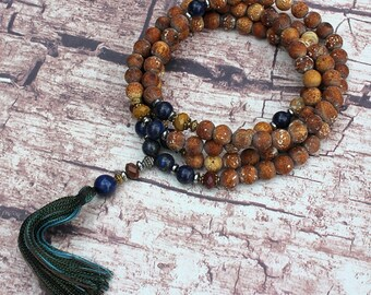 Beautiful frosted agate gemstone mala necklace