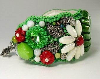 Bead embroidered bracelet with flowers, beadwork cuff