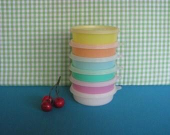 Tupperware Little Wonders Pastel Bowls with Lids - Set of 6 - Vintage  1960's