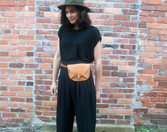 Leather Travel Belt Bag // Fanny Pack