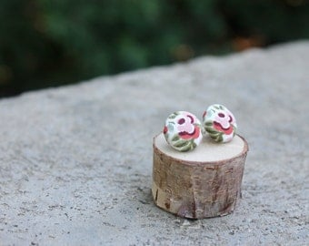 Floral Fabric Button Earrings // Pink and Sage // Rose Flower Earrings // Vintage Earrings // Covered Buttons // Fabric Studs