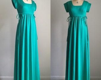 vintage 1970s bohemian Grecian dress / jungle green maxi dress