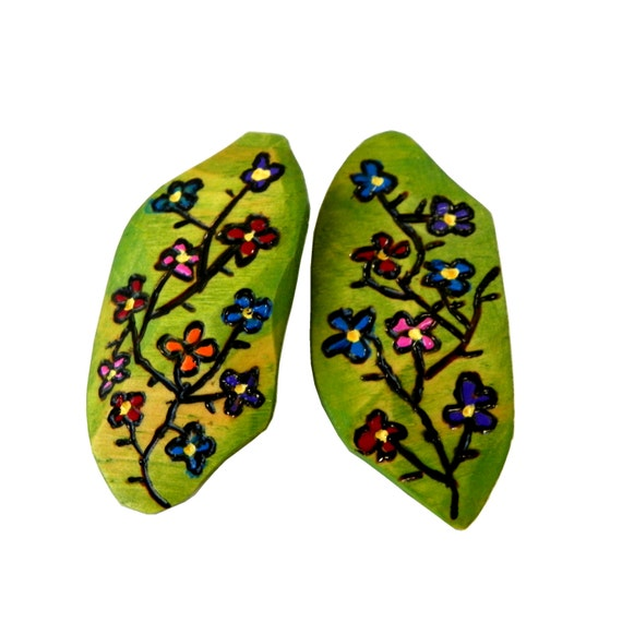 Floral Leaf Earrings from Feath and Kee