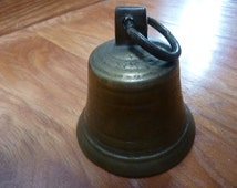 BRASS BELL<<>>Vintage Solid Brass Nautical/School/Cow Bell