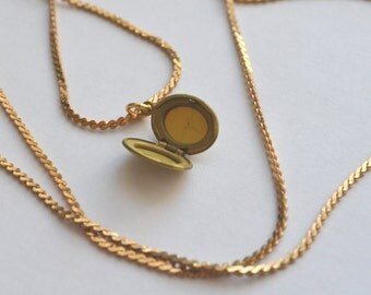 "vintage locket necklace - small simple brass oval pendant on 30"" chain"