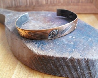 Vintage Signed NUE Hand Wrought Copper Pine Cone Bracelet
