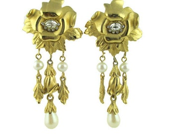 Vintage Richelieu Rhinestone Flower faux Pearl Dangling Clip Earrings