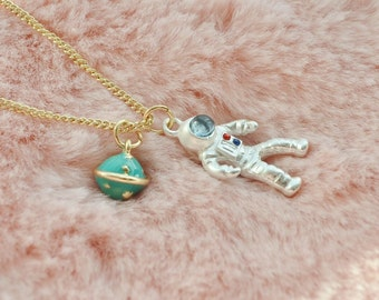 Cute Silver Spaceman Astronaut NASA Earth Globe Space Solar System Universe Planet Sci Fi Necklace Pendant Jewellery Jewelry
