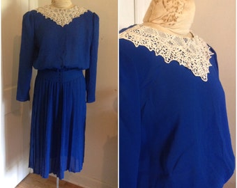1980s Blue Lace Collar Dress Vintage // medium 8 10 fit and flare forties eighties