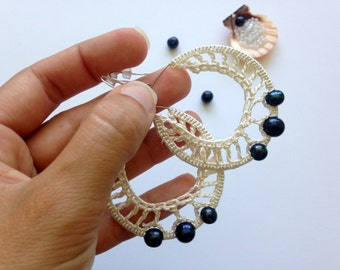 Black Pearl Earrings, Silk Yarn Hoops, Evening Earrings, Elegant Jewelry, Black and White, Freshwater Pearls, Teardrop Silk Thread Earrings