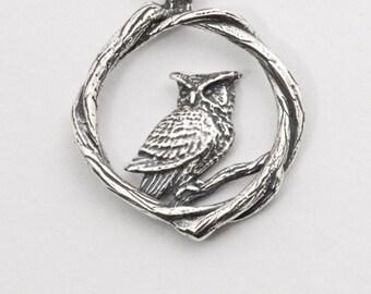 Great Horned Owl, Bramble Pendant