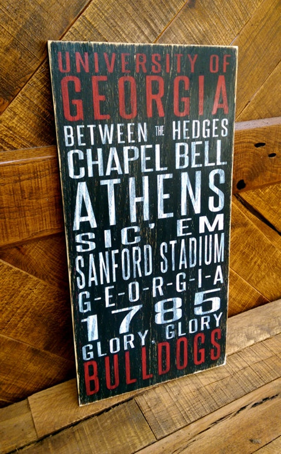 University of Georgia Bulldogs Distressed Wood Sign--Great Father's Day Gift!