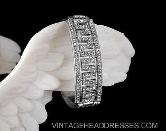 Art Deco Bangle Bracelet, 1920's Bracelet, 1930's, Vintage Paste Bangle, Paste Rhinestone Bracelet, Wedding Bracelet, Bridal Bracelet, Cuff