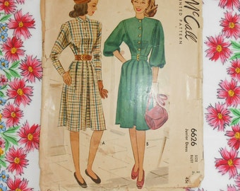 McCalls Sewing Pattern #6626 - Size 13 Dresses