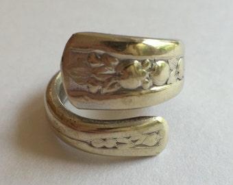 W.M. Rogers & Co. Original Spoon Ring