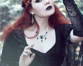 Melite necklace