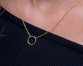 Solid gold circle necklace Open circle Trendy necklace Circle charm Rose circle necklace Black circle Minimal jewelry Geometric necklace