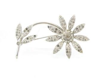 Vintage Daisy Rhinestone Brooch, Flower Brooch, Silver Tone