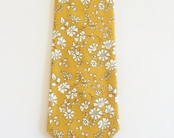 Liberty of London Print Tie, custom yellow tie,  yellow skinny tie, mustard tie, custom wedding necktie, mustard floral tie