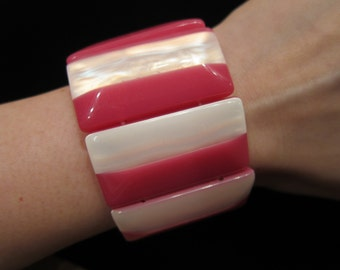 Vintage Lucite Plastic Pink and Pearlized White Rectangles Stretch Bracelet - Elastic Stretchable, Layered Lucite, Plastic Jewelry