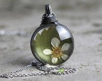 Pressed Flower Pendant Botanical Jewelry Leaf Necklace Soldered Glass Pendant Real Flower Necklace Spring Natural Woodland Jewelry Rustic