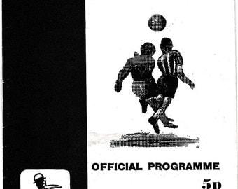 Vintage Football (soccer) Programme - Notts County v Southport, 1970/71 season