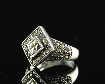 Marcasite  Sterling Silver Ring Size 8.25 Vintage