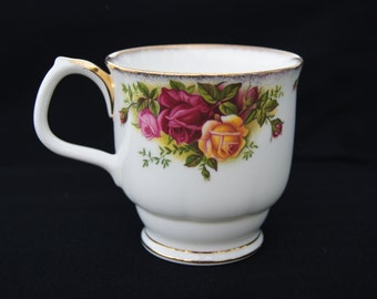 Royal Albert Old Country Roses Footed Smith Coffee Mug