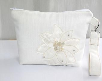 Wedding Clutch Bag, Bridal Bag, White Clutch Purse, Brides Purse, White Purse for Bride, Wedding Purse, Bridal Purse, White Evening Bag