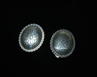 Vintage Sterling Silver Flower Etched Disc Earrings Mexico