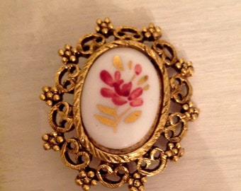 Vintage Victorian Brooch.......Antique brass finish.......Handpainted flower with gold accents