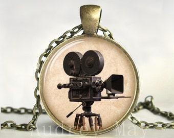 Vintage Movie Camera Pendant,Necklace,Jewelry,Vintage Camera,Antique,Art,Picture,Image,Print,Glass,Dome,Charm