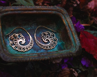 Waves and Swirls. Brass Spiral, hoops, earrings.. . Medium-Big size