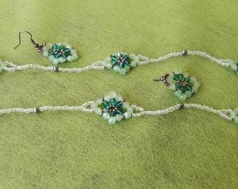 Crystal Flower green Turquoise and silver beadwiving necklace no clasp matching earrings